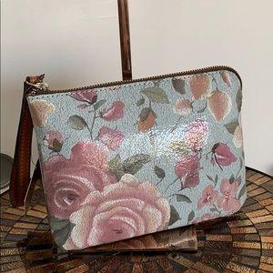 PATRICIA Nash Wristlet pouch: Crackled Rose garden